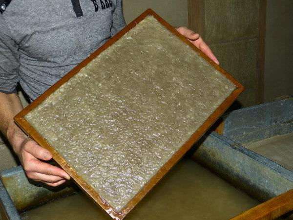 La fabrication du papier de soie